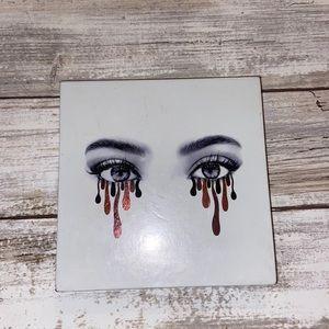 Kylie Jenner Bronze eyeshadow palette